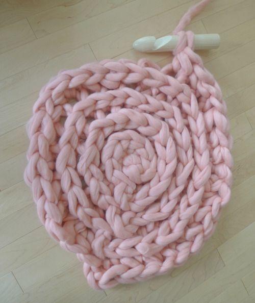 Объемный коврик крючком-4 круга