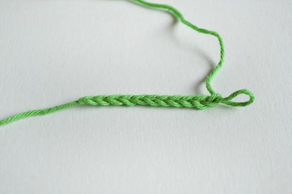 Вяжем пинетки сапожки крючком