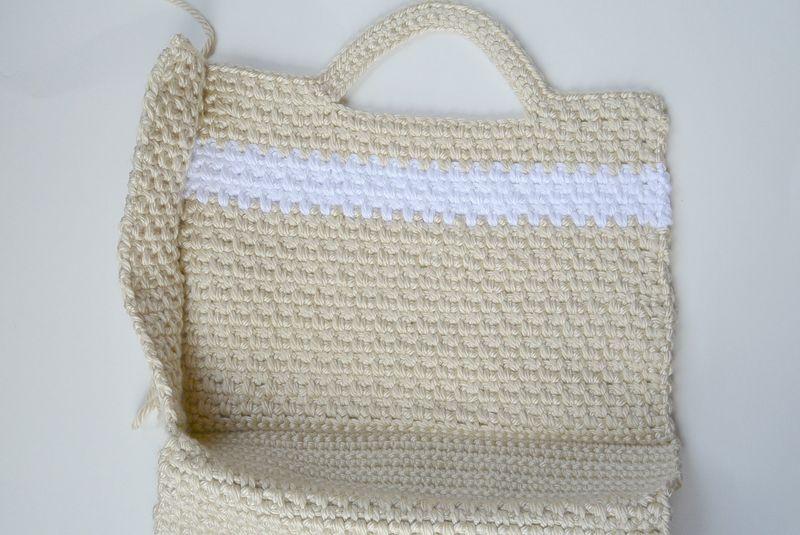 Как связать пляжную сумку крючком?