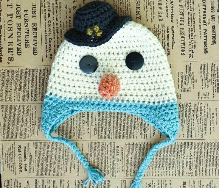 Детская шапочка крючком в виде снеговика